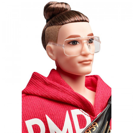 Papusa Retro Ken cu ochelari si slapi BMR1959