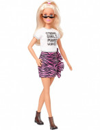 "Papusa Barbie blonda ""Strong girls make waves"" Barbie Fashionistas"