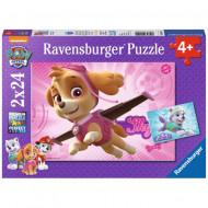 Puzzle Skye si Everest Patrula Catelusilor Ravensburger 2x24 piese