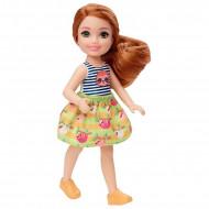 Papusa fata roscata cu tricou in dungi Barbie Club Chelsea