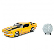 Masinuta metalica Bumblebee Chevy Camaro 1977 cu moneda Hollywood Rides Transformers 21 cm