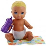 Papusa Bebelus Barbie cu par blond