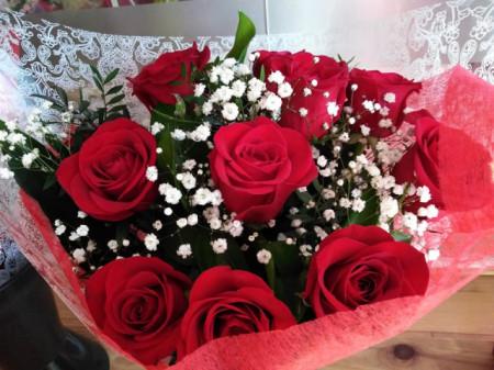 Ramo con 12 Rosas