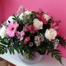 Bouquet romántico con base de cristal