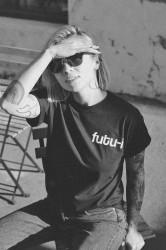"""tricou unisex """"futu-i"""" negru"""