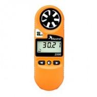 Anemometru portabil Kestrel 2500 cu termometru si barometru altimetru