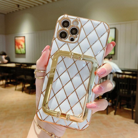 Husa pentru Apple iPhone 12 PRO MAX, cu protectie ridicata, Fashion, tip geantuta, silicon, alb IP12PROMAX-002