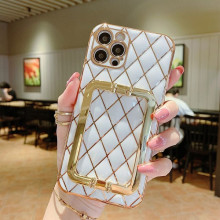 Husa pentru Apple iPhone 12, cu protectie ridicata, Fashion, tip geantuta, silicon, alb IP12-003