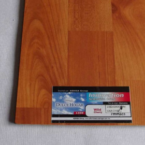 PISO LAMINADO INNOVATION WILD CHERRY