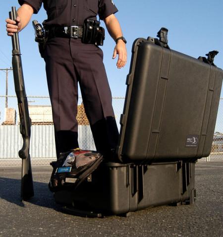 Geanta rigida Peli 1560LOC Protector Laptop Case