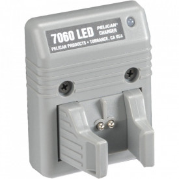 Lanterna politie Peli Tactical Flashlight 7060