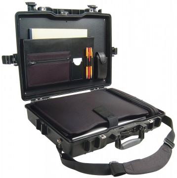 Geanta Peli 1495 Laptop Case 17' cu cifru