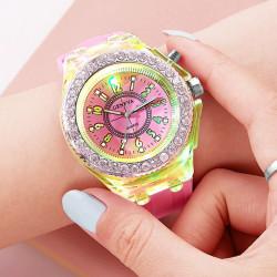 Ceas Activ LED - Jocuri de lumina 7 culori - 4 moduri flash - Fashion Crystal Clasic watch, Pink