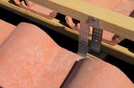 Element reglabil fixare sipca coama