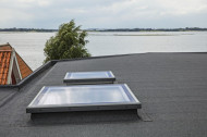 Fereastra pentru terasa cu protectie din sticla plata