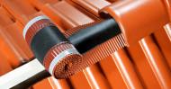 Bandă ventilare coamă Geo Vent 23 cm x 5 m RAL 9005 negru