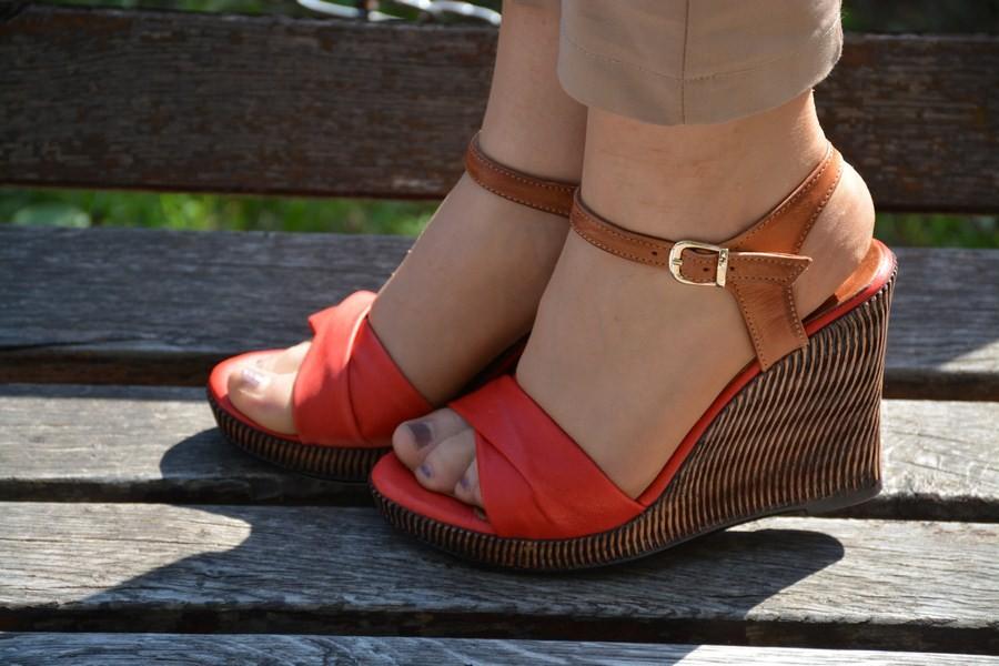 Sandale Cu Platforma Ortopedica Din Piele Naturala Si