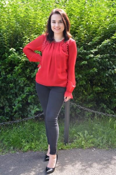Bluza rafinata Khloe cu maneca lunga,nuanata de rosu