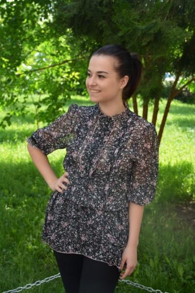 Bluza Silviena cu imprimeu abstract