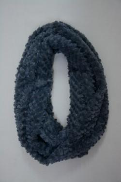 Esarfa circulara, de culoare gri, confectionata din blana artificiala