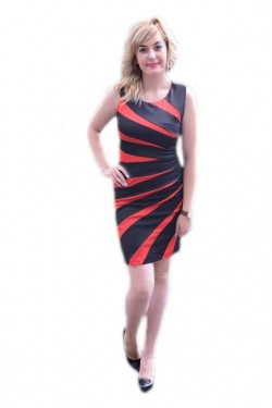 Poze Rochie eleganta, de culoare neagra cu dungi rosii, de lungime medie