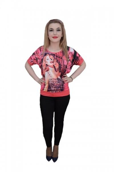 Poze Tricou fashion, nuanta de corai, imprimeu tineresc fin