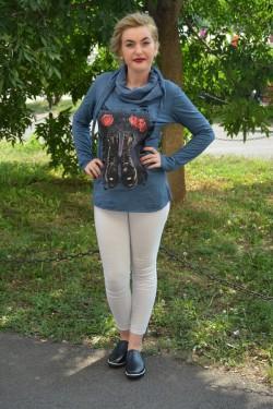 Bluza moderna, nuanta de bleumarin, cu design fashion