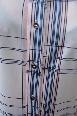 Camasa oversize cu maneca scurta, dungi fine, colorate pe fond alb
