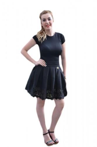Rochie casual, feminina, neagra, cu perforatii in partea de jos