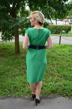 Rochie tinereasca, nuanta de verde, curea chic in talie