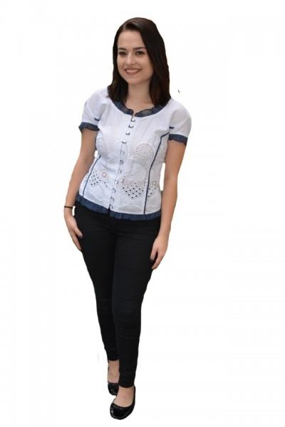 Camasa Elena cu model perforat,nuanat de alb