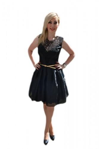 Poze Rochie eleganta neagra din material lucios si insertie de dantela