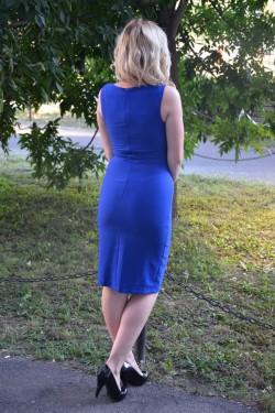Rochie de culoare albastra, model elegant, infrumusetat cu pietre