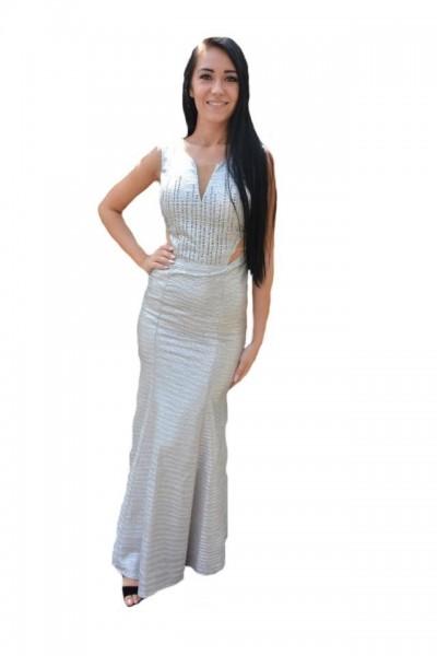 Poze Rochie fashion de culoare argintie, model lung cu decupaje