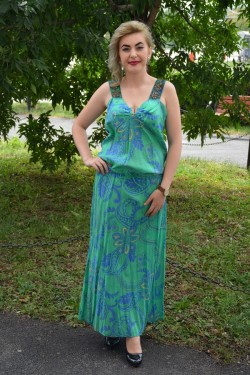 Rochie cu bretele late, de culoare verde-bleumarin