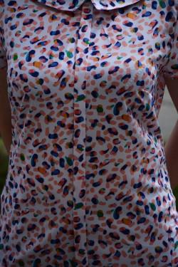 Bluza subtire de vara, culoare portocaliu-alb, design de guler mic