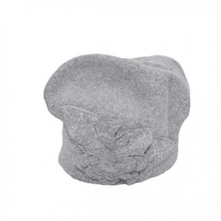 Caciula Suzane accesorizata cu petale 3d si insertii de strasuri,nuanta de gri