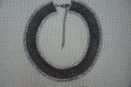 Poze Colier fashion cu design elegant, din margele si cristale colorate