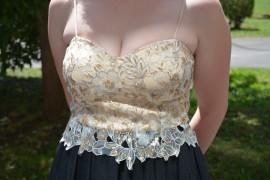 Rochie de gala neagra cu dantela deosebita cu paiete aurii