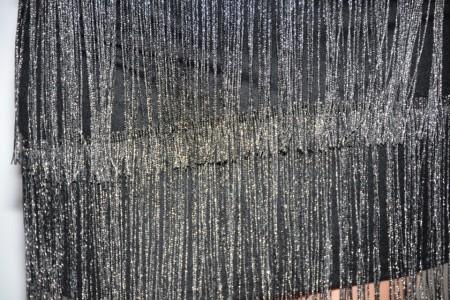 Rochie de ocazie scurta cu franjuri ,de culoarea argintiu