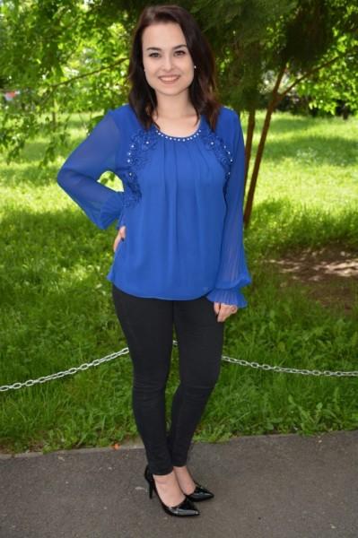 Bluza rafinata Khloe cu maneca lunga,nuanta de bleumarin