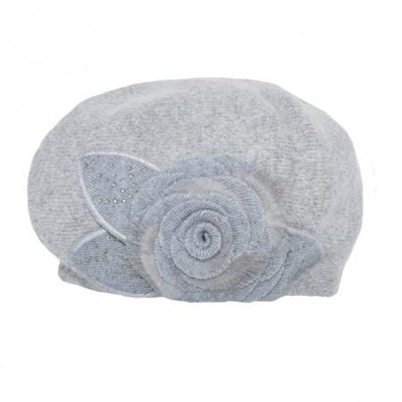 Caciula Inna accesorizata cu floare 3d mare si insertii de strasuri,nuanta de gri