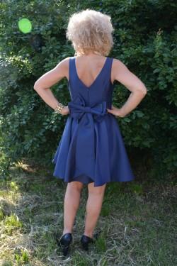Rochie de ocazie scurta, bleumarin, dantela si funda aplicata