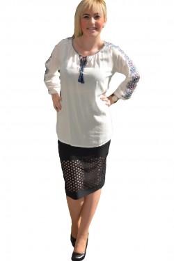 Poze Bluza de vara, de culoare alba, cu model brodat pe maneca