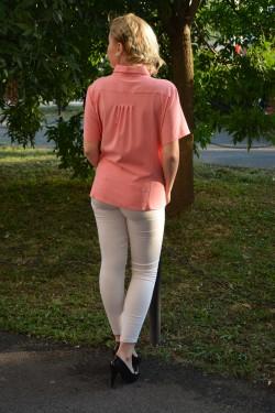 Camasa roz cu maneca scurta si buzunar aplicat, masura mare