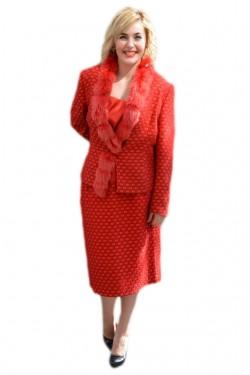 Poze Costum elegant bej, gri, negru,rosu cu insertii de blanita