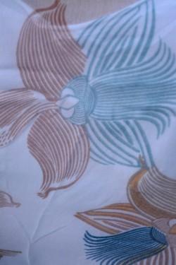 Esarfa fina din material de calitate, culoare turcoaz cu flori mari