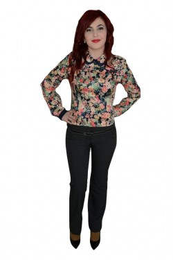 Poze Pantalon trendy, de culoare gri, cu curea moderna
