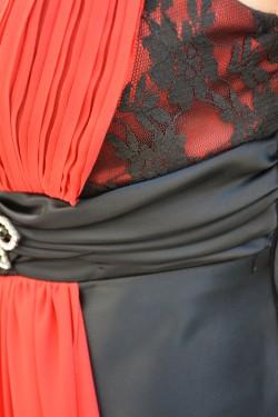 Rochie de seara lunga, neagra, din saten, cu verde sau cu rosu