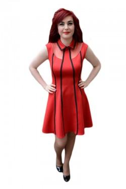 Poze Rochie feminina, nuanta de rosu, design de dungi negre verticale
